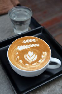 Capuchino con art latte